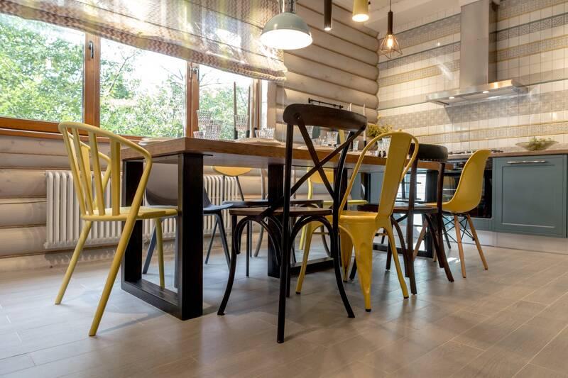 10 стульев в бирюзе с лимоном